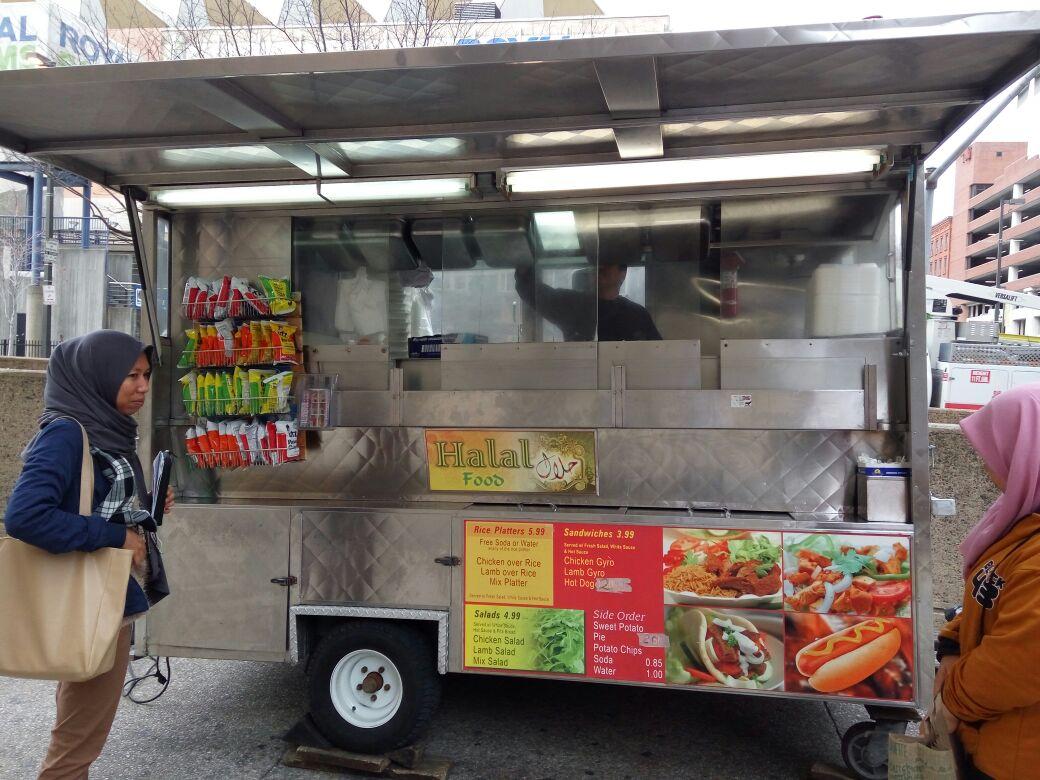 Yanri Ramdhano -Menu Makanan Halal di Baltimore ss.jpg